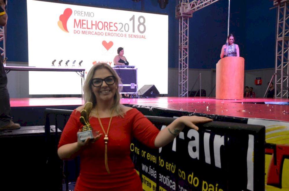 Julia Telles - Melhor Palestrante do Mercado Erótico